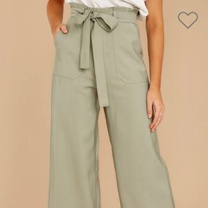 do + be When She Left Sage Pants NWT